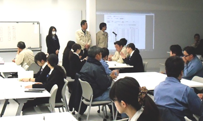 シオヤ産業_方針発表会永年勤続表彰1